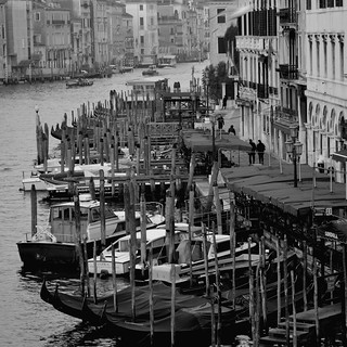 A Viewpoint: Rialto Bridge San Polo Venice Veneto Italy | by Kangaroobie...