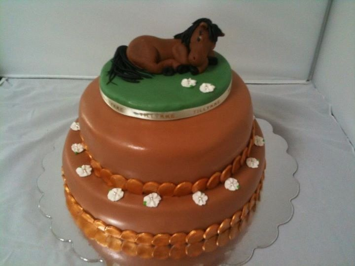 Birthday Cake With Horse Figure