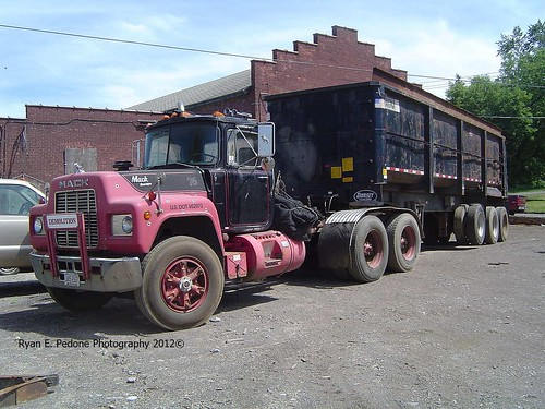 Mack R Model with Demo Trailer | by RyanP77