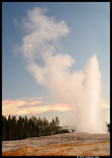 The Moon and Erupting Old Faithful | by Waldemar*