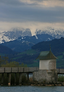 walking in Rapperswil | by matermorts