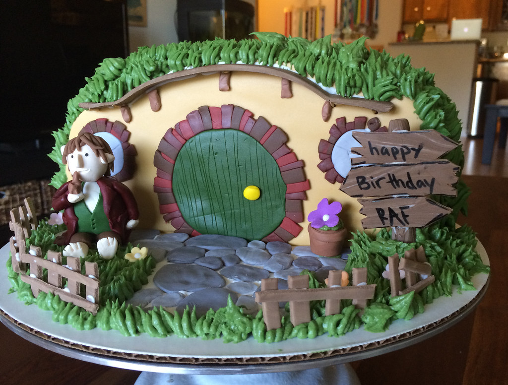 Bilbo Baggins Hobbit Hole Cake Samantha Vu Flickr