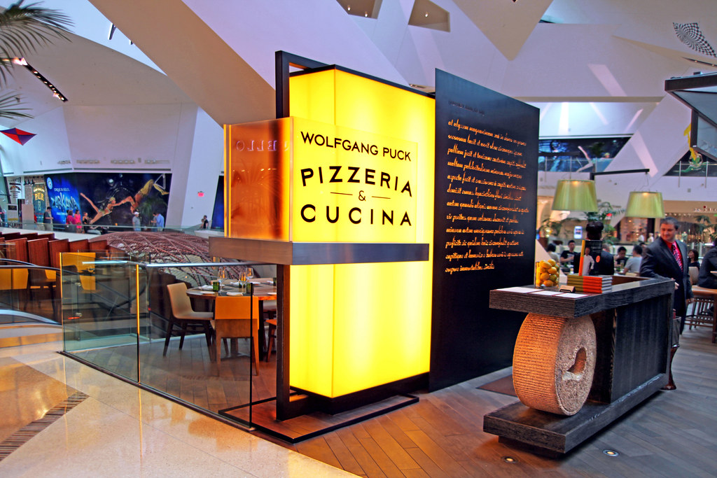 Wolfgang Puck Pizzeria Cucina Crystal Shopping Mall Ci Flickr