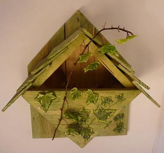 home made nest box robin pallet project nichoir pour ro. Black Bedroom Furniture Sets. Home Design Ideas