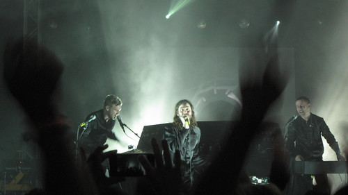 Miike Snow show, SXSWi closing party | by joemurphy