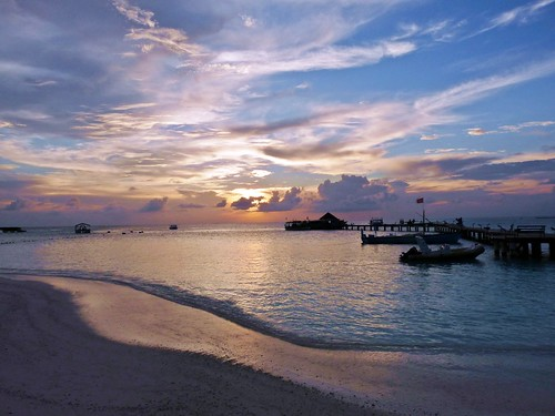 Thudufushi, Maldives: Peaceful twilight | by presbi