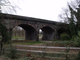 Bolehall Viaduct, Tamworth | by ell brown
