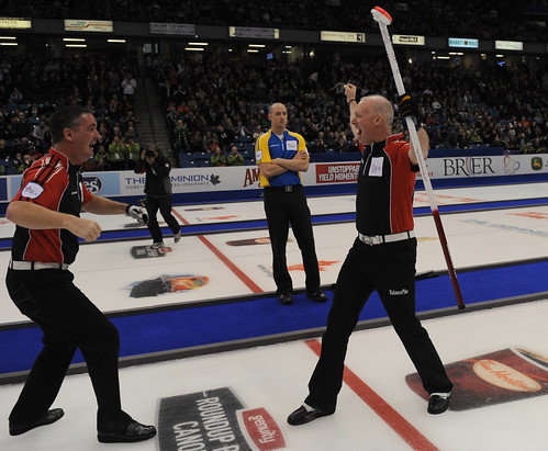 Wayne Middaugh and Glenn Howard | by seasonofchampions