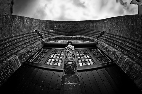 Bruges-architecture_208-bw | by The-Wizard-of-Oz