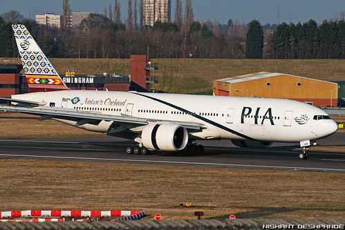 Pakistan International Airlines - Boeing 777-240/ER | by Nis9149
