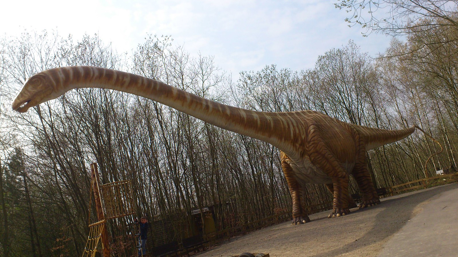 Extinguid al diplodocus