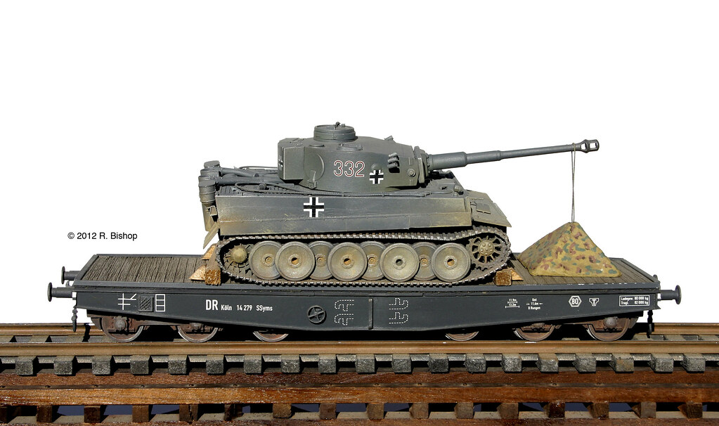 ... ModelCrafters WWII German PZ VI Tiger I tank with troop tent transported on a 80 Ton  sc 1 st  Flickr & ModelCrafters WWII German PZ VI Tiger I tank with troop teu2026 | Flickr