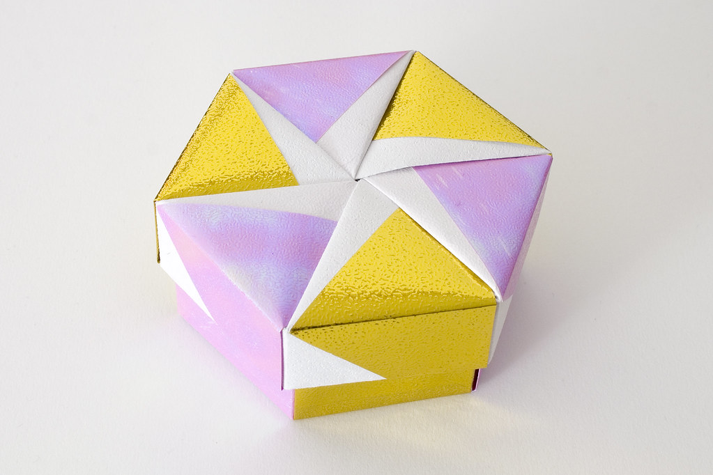 Hexagonal Origami Box With Lid 10 Part Of A Set Slidesh Flickr