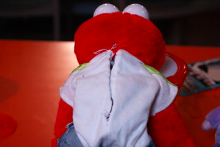 First step in skinning an Elmo. | by Rob Cruickshank