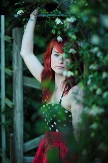 Lisa in the Garden - SOOC | by MrLeica.com (MatthewOsbornePhotography)