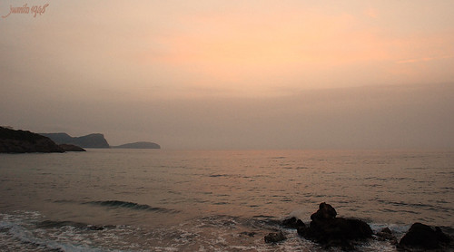 Ibiza. Amaneciendo con bruma. Dawn with mist. | by juanito1948.