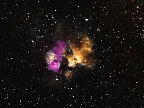 Hardy star survives supernova blast nasa chandra 03 20 for Space blast 3d