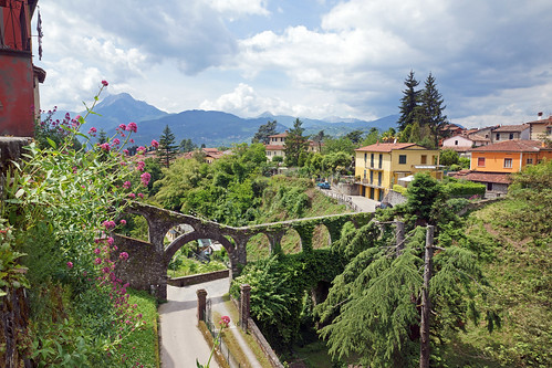 2016-05-13 05-28 Toskana 314 Barga | by Allie_Caulfield