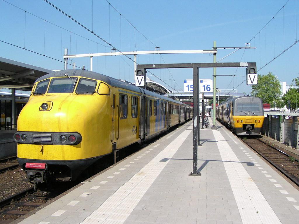 ... Plan U 193 en SM'90 2103(Zwolle 4-8-2003)