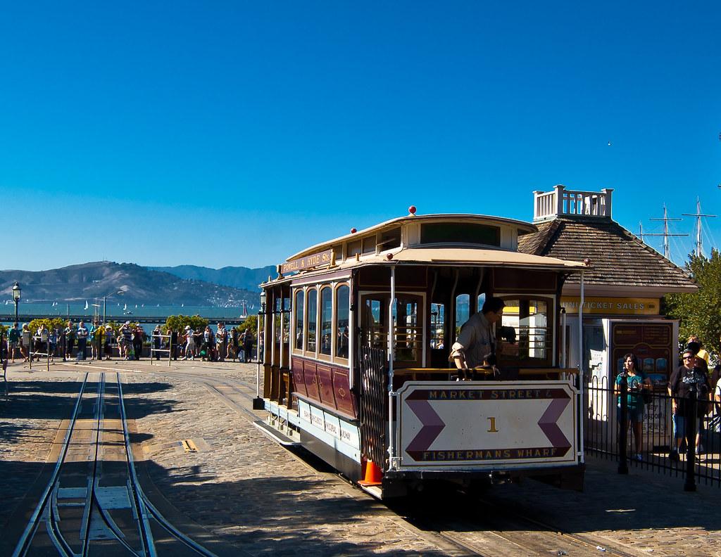 USA / California / San-Francisco / Cable Car 03