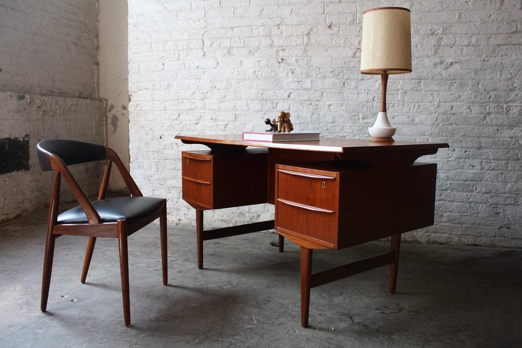 Good ... Memorable Danish Mid Century Modern Teak Floating Top Desk (Denmark,  1960u0027s)   By