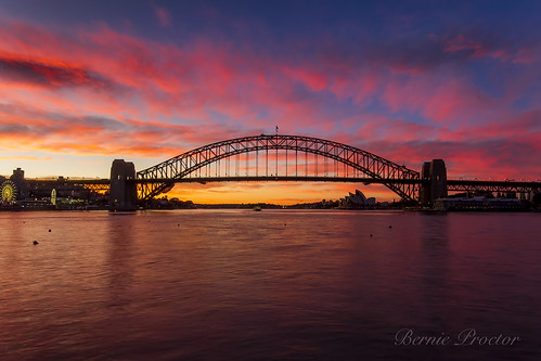 Sydney Harbour Bridge Sunrise-6504 (EXPLORED) | by A u s s i e P o m m