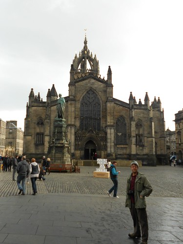 Nathan by Saint Giles Cathedral | by titanide