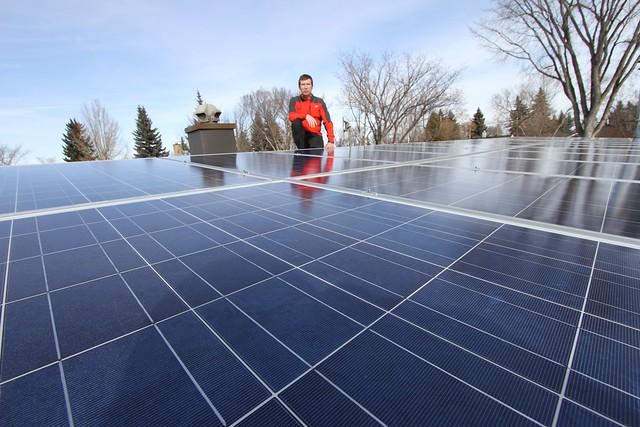 Karl Kovacs, 24 panel solar system, Edmonton - 01