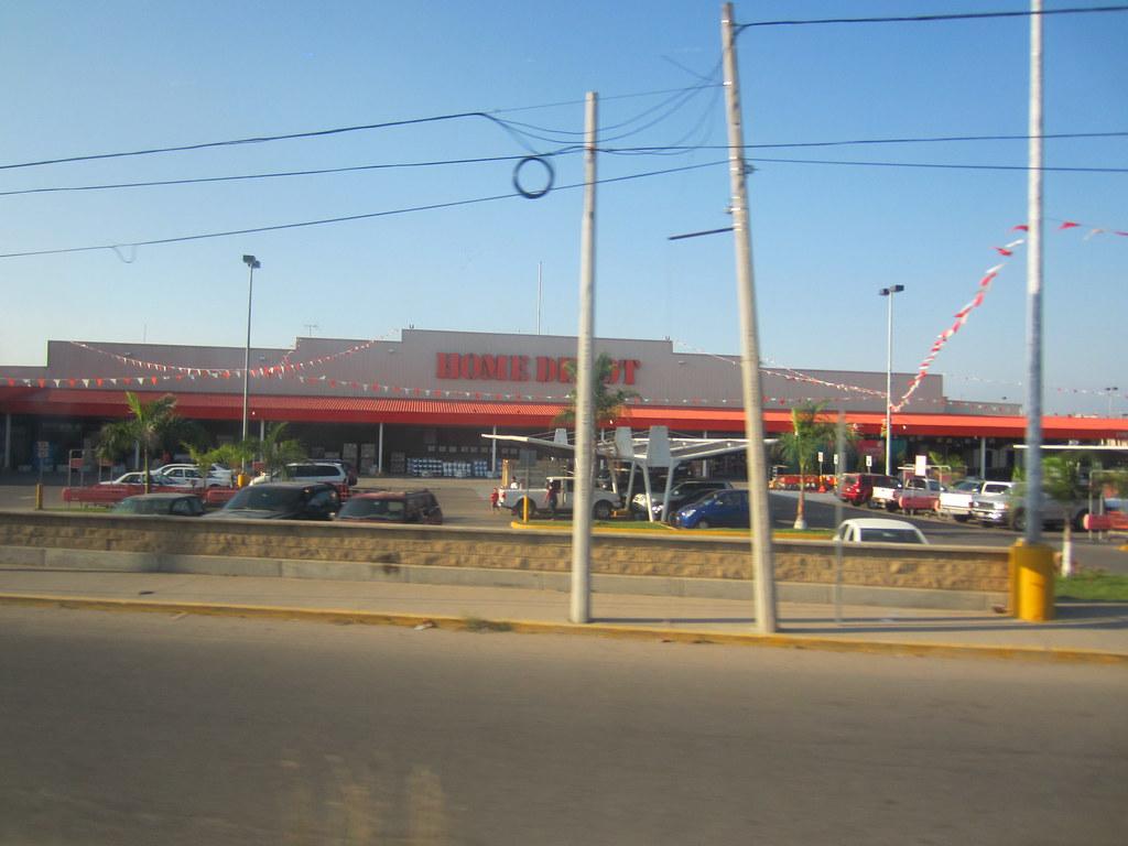 Home Depot by Terminal De Autobuses De Puerto Vallarta Mex… | Flickr
