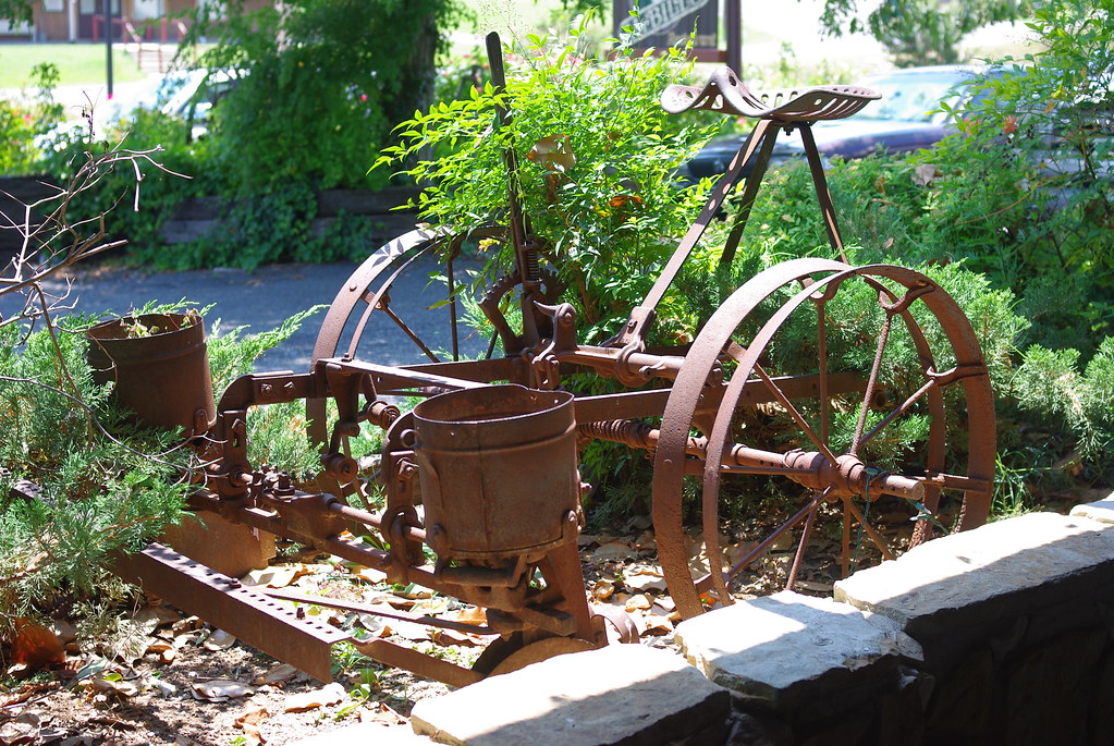 Old Horse Drawn Corn Planter This Image Was Taken At Patti Flickr