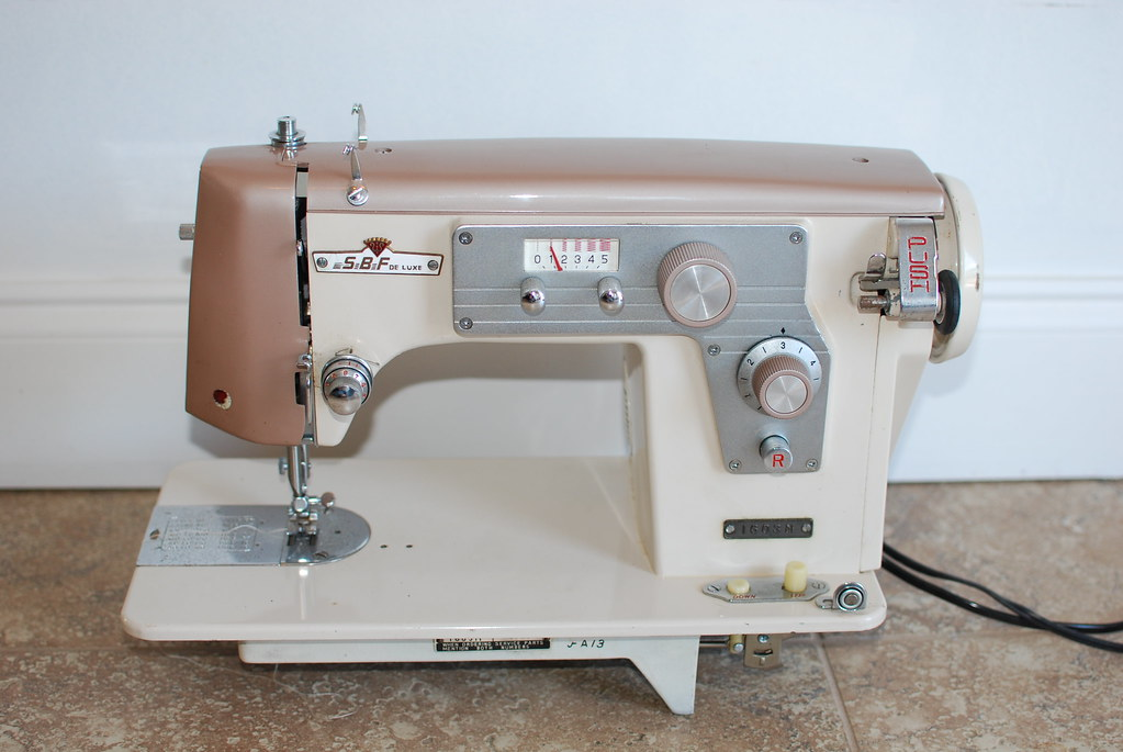 Dressmaker SBF Deluxe 40M Sewing Machine Made By White Flickr Best Dressmaker Special Sewing Machine