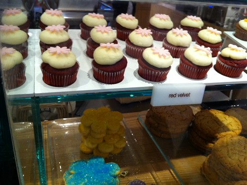 Kara's Cupcakes at SFO | by Rachel from Cupcakes Take the Cake