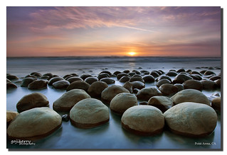 Clustering, Bowling Ball Beach, Point Arena, CA | by james wang photography - wangjam