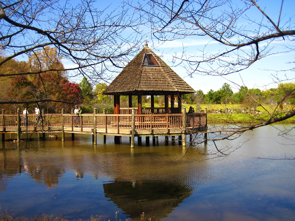 the lake caroline gazebo | Meadowlark Botanical Gardens | Flickr