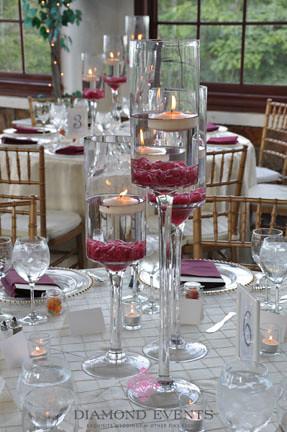Floating Candle Centerpieces In Pedestal Vase Venue Raspb Flickr