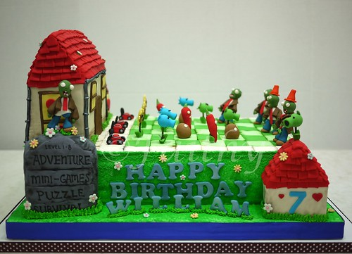 Plants vs Zombies Cake - Front View | by faithybakes
