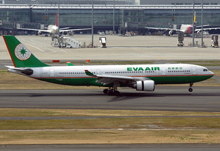 Eva Air Airbus A330-203 B-16307 HND 16-03-12 | by Axel J. ✈ Aviation Photography