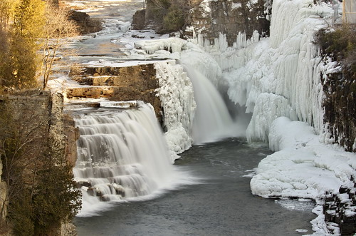 Partially Frozen Rainbow Falls | by cvrestan
