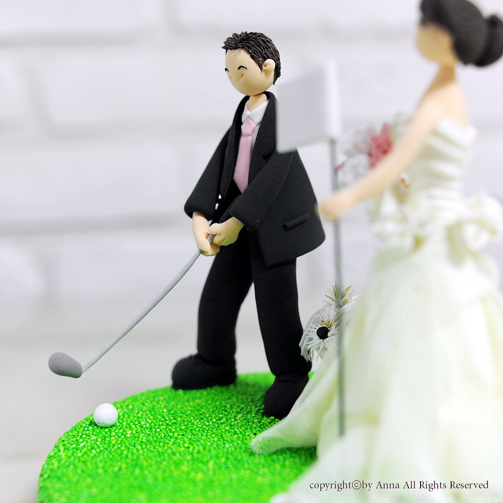 Golf mania couple wedding cake topper | Anna Cho | Flickr