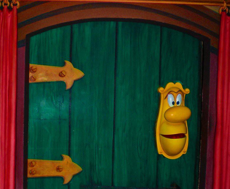 ... the door in the Alice in Wonderland ride | by disneybum & the door in the Alice in Wonderland ride | the Alice in Wondu2026 | Flickr
