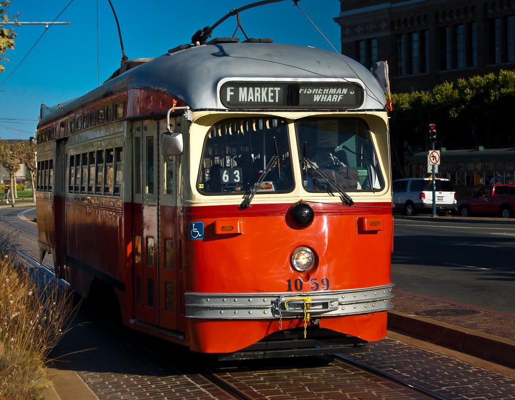 USA / California / San-Francisco / Red Tram 01