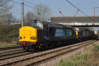 Preston Home 24/3/2012  37611  37069  6K73  Sellafield to Crewe Coal Yard. | by tony890