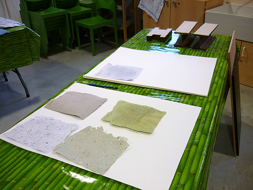 fabrication de papier animadoc la couleur de la feuille flickr. Black Bedroom Furniture Sets. Home Design Ideas