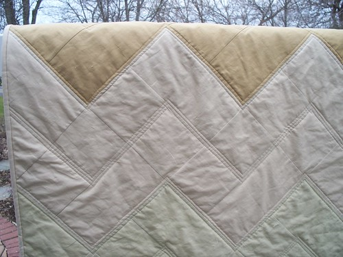 Zig Zag Quilt | by LASO Quilts