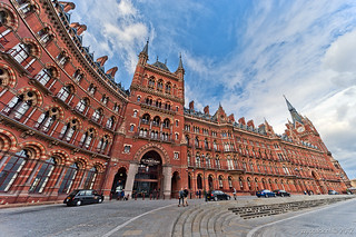 St. Pancras / The World's Most Wonderful Railway Station / London | by zzapback