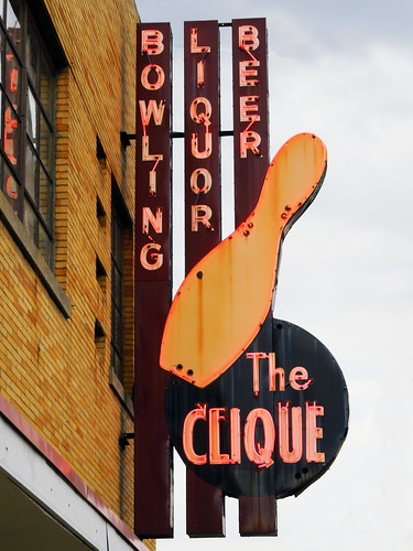The Clique Here S A Fun Bowling Alley Sign Looks Like A