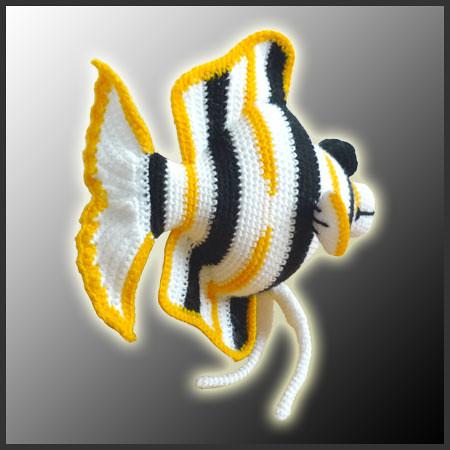 Angel Fish Amigurumi Pattern : Angelo, the Angelfish - Amigurumi Pattern by DeliciousCroc ...