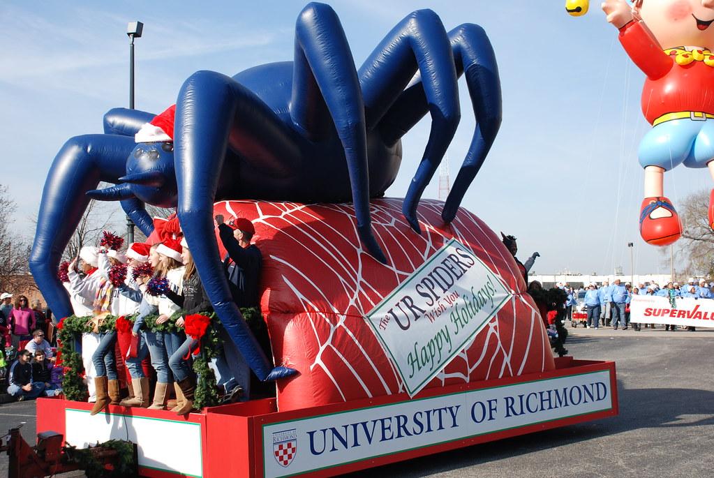 dominion christmas parade 2011 university of richmond by dominion christmas parade - Dominion Christmas Parade