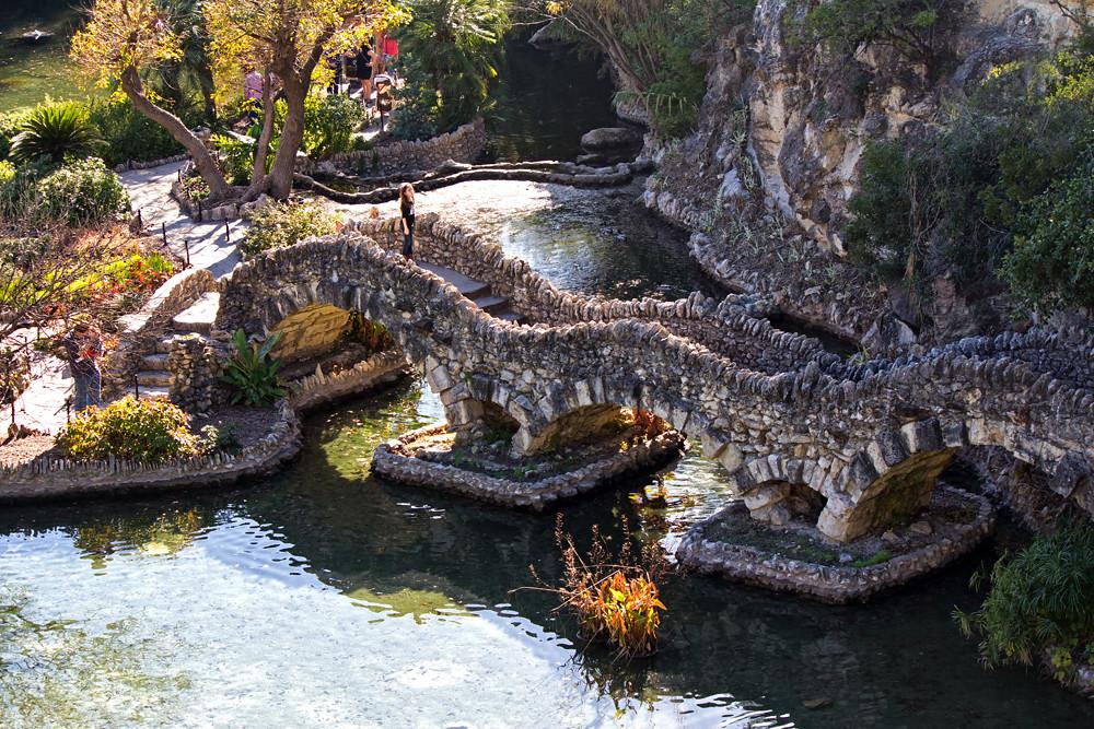 By Dennis Sheehy Japanese Tea Garden, San Antonio, Texas. | By Dennis Sheehy