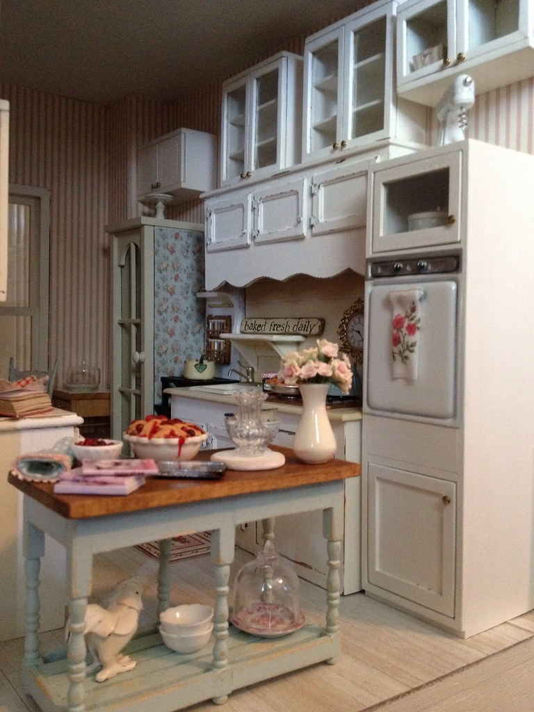 my dollhouse kitchen by its a miniature lifeis playing with clay - Dollhouse Kitchen